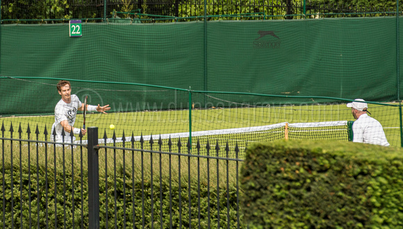 Andy Murray practicing.